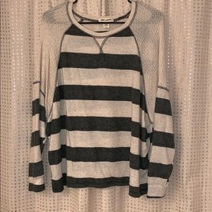 Billabong lightweight sweater